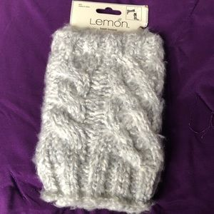 Comfy boot toppers NWT gray super cute!